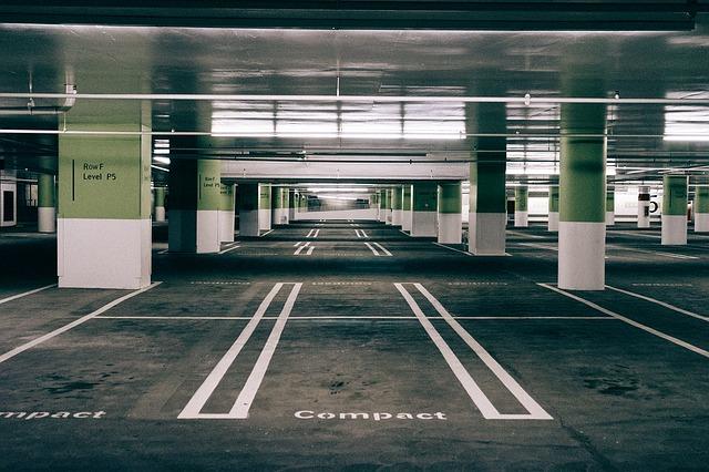 parking lotnisko Poznań
